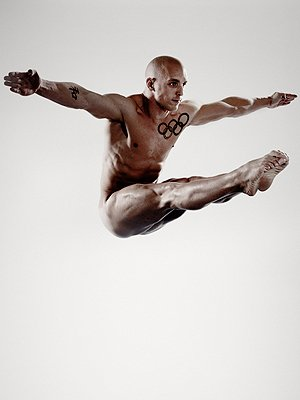 03-030812-nick-robinson-diver-naked-olympians-mdn