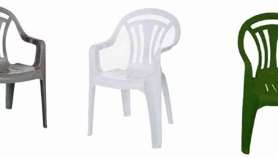 A word of warning about plastic outdoor chairs for male nudists